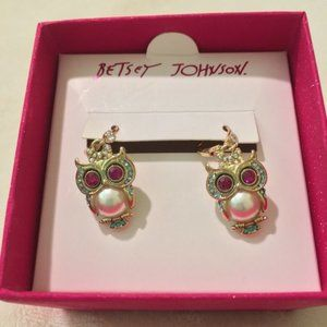 Betsey Johnson Owl Earrings New in Box